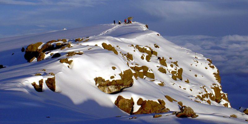 Uhuru_Peak_Mt._Kilimanjaro_1